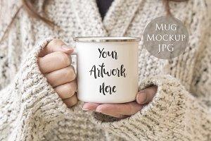 Enamel Mug mockup- woman's hands