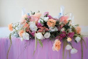 wedding table decoration with flower