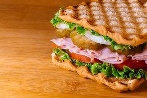 Sandwich ham, cheese fresh vegetable