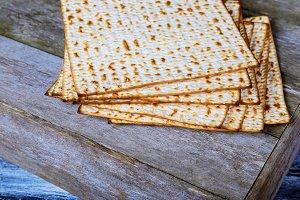 passover jewish holiday matzoh