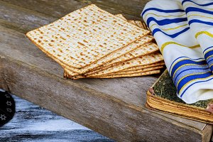 passover jewish matzoth celebration