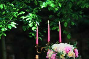 beautiful wedding decorations champagne flowers and cake