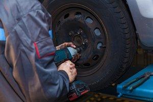 Tire repairer concept Car care