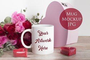 Mug mockup - pink and red roses