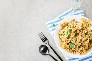 Farfalle pasta with pesto sauce