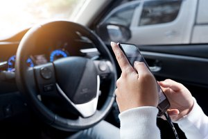 Using smart phone during driving