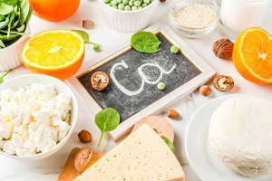 Set of food rich in calcium