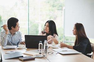 Young entrepreneur team concept