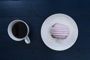 Coffee + iced bun