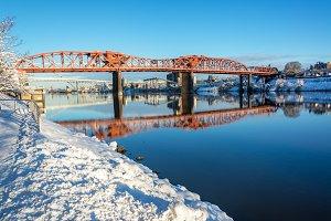 Snow and Broadway Bridge