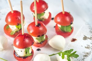 Caprese salad skewer appetizers