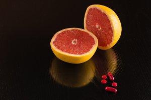 Vitamin C in grapefruit or pills