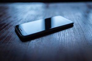 smartphone dark reflections