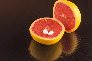 Vitamin C in grapefruit or pills I