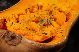 Baked pumpkin with thyme