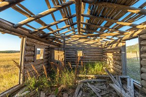 Abandoned Homestead Cabin