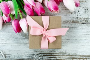 Gift and Flowers for Mothers Day