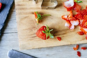 Short strawberries