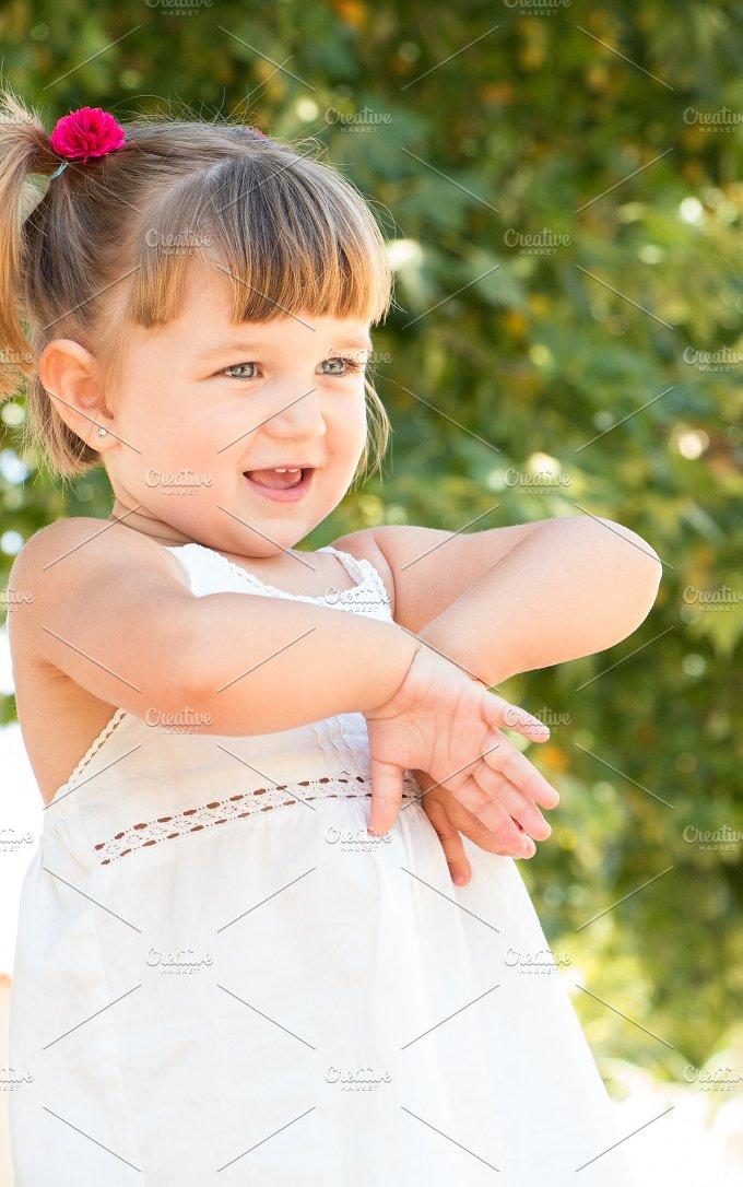 Cute little girl.jpg - People