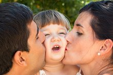 Kissing family.jpg