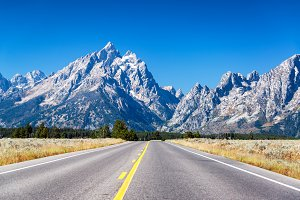 Highway to Grand Teton