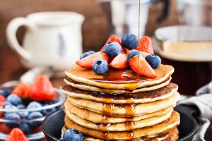 Banana pancakes with fresh berries