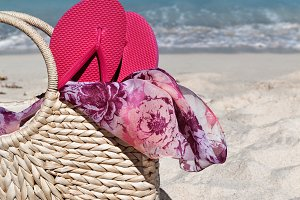 Summer Straw Bag With Flip Flops