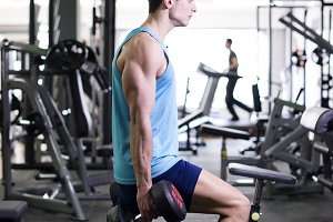 Training legs and biceps