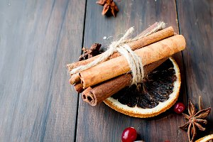 sticks cinnamon, anise, biscuits