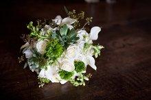 White flower bouquet 2