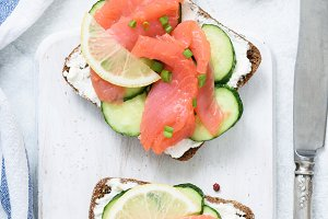 Smoked salmon toast sandwiches