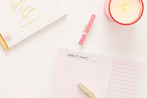 Pink/Gold Styled Desktop Flat Lay 7