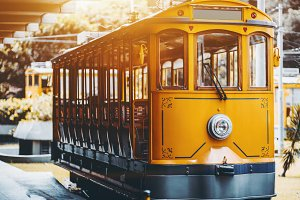 Yellow excursion tram in Rio