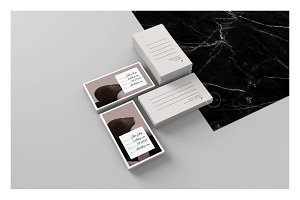 Set of 2 Business Cards • Élodie