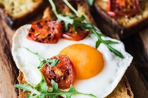 Egg and roasted tomato toast