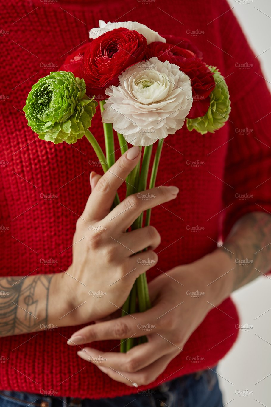Girl with a tattoo on her hands holding a bouquet of flowers girl with a tattoo on her hands holding a bouquet of flowers nature izmirmasajfo