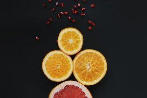 Fruits with garnet grains.