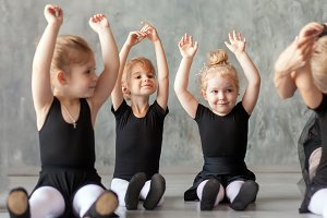 little girls ballerinas