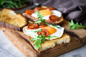 Healthy breakfast toast with egg