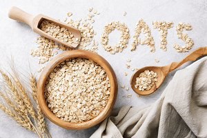 Rolled oats or oat flakes
