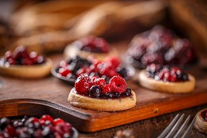 Shortcake pies, mini tartlets