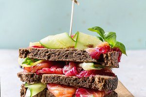 Beetroot marinated salmon sandwiches
