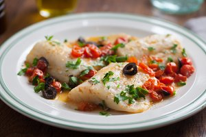 Fish fillet with cherry tomatoes