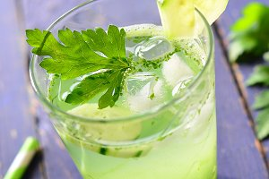 Healthy green detox drink