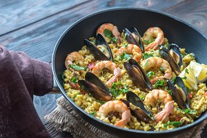Seafood paella in the pan