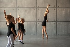 ballerina teaches to dance ballet