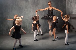Lesson of children's ballet