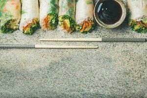 Vegan spring rice paper rolls