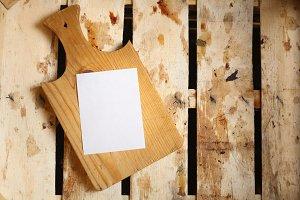 Note in a crate