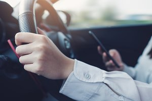 Using smart phone while driving